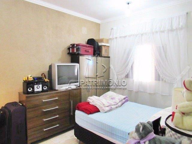 25 Dormitório