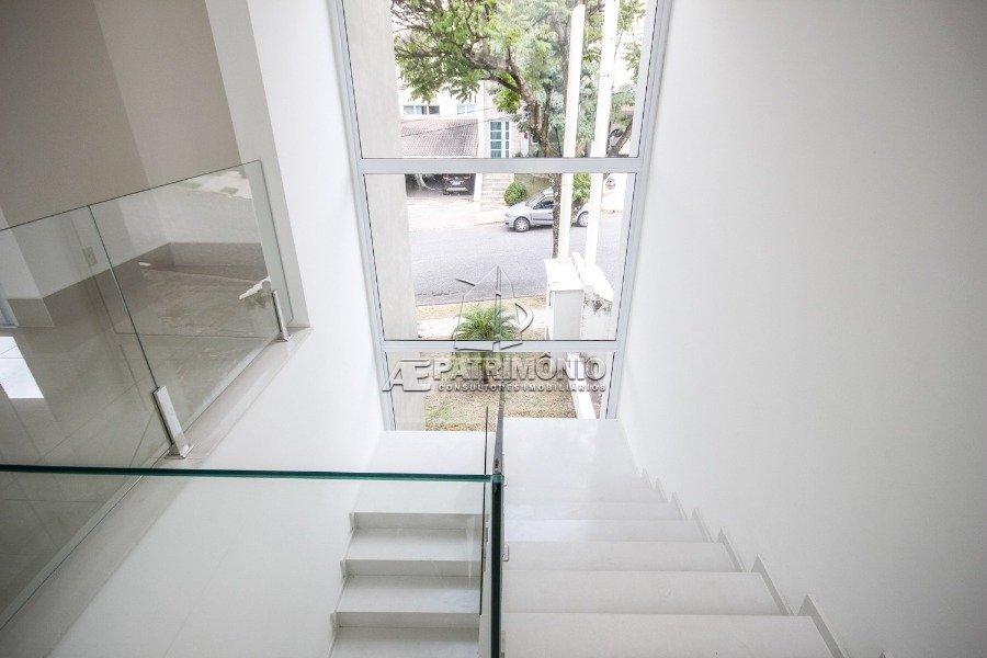 12 Escada