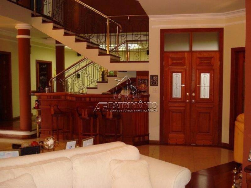 Sala e Bar (Adega sob escada)