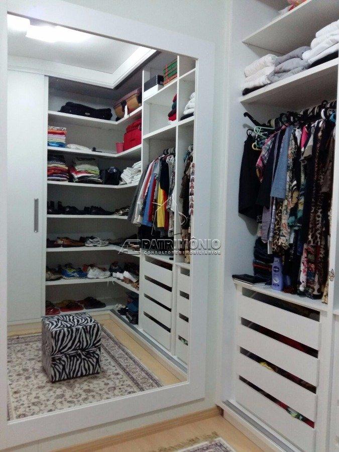 30 Closet
