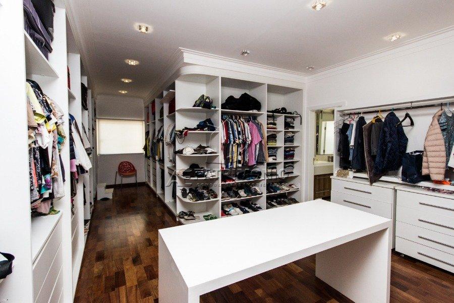 5 Closet (2)