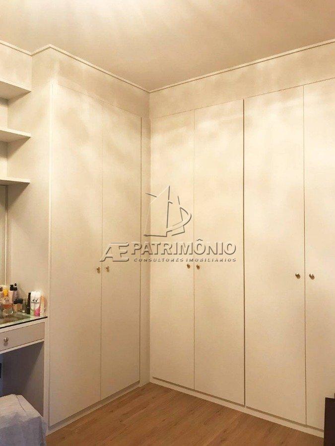 8 Closet (2)